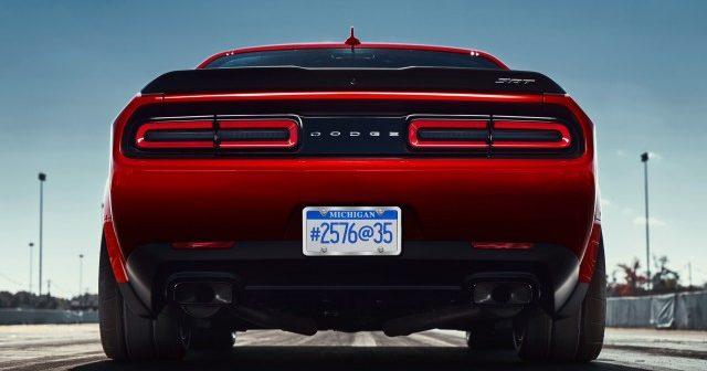 Dodge продължават да ни изкушават с тийзъри за Challanger SRT Demon(ВИДЕО)